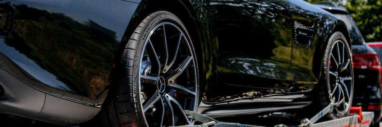 kradzież auta - jak ustalić wysokość odszkodowania